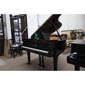 【中古】ヤマハグランドピアノ C3(550万台)