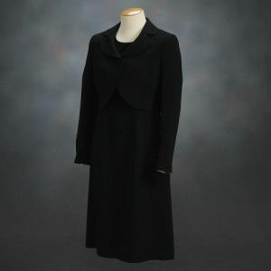 ブラックフォーマルスーツ 喪服 礼服 アウトレット品 アンサンブル2点セット サイズ11号 |doresukimono-kyoubi