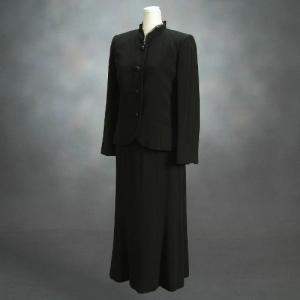 ブラックフォーマルスーツ 喪服 礼服 アウトレット品 スリーピースセット サイズ7号 日本製 NO610|doresukimono-kyoubi
