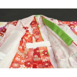 七五三 着物 被布セット着物 3歳 女の子 被布セット  マユミ 濃淡赤地 被布淡いピンク 刺繍桜 芍薬 足袋付き12点フルセット|doresukimono-kyoubi|06