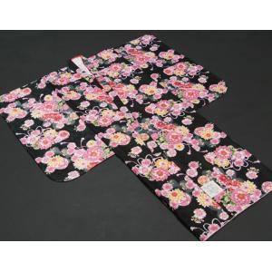 七五三 着物 7歳 女の子四つ身着物 黒色 桜 ぼたん菊 桜地紋|doresukimono-kyoubi|02