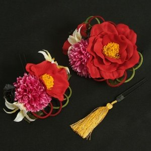 髪飾り 成人式 振袖 七五三着物 卒業袴 ドレスにも使えます 赤 パープル 3点セット 椿 百合 コーム・ピンタイプ 日本製