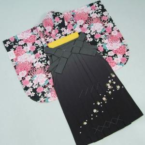 卒業袴着物フルセット 卒業式 黒 桜刺繍濃淡ボカシ袴 レンタルよりお値打ちな13点セット|doresukimono-kyoubi