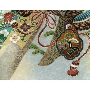 お宮参り 着物 男 正絹男児初着 白 ボカシ染め分け 冠鷲 熨斗 金糸刺繍使い 桜地紋|doresukimono-kyoubi|05