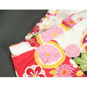 ベビー着物 赤ちゃん用女の子着物 白黒濃ピンク三色ボカシ着物 赤色被布 二部式仕様の楽々着せ付けタイプ|doresukimono-kyoubi|07