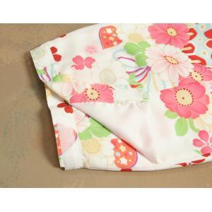 ベビー着物 赤ちゃん 女の子着物 白色 八重桜 赤色被布 二部式仕様の楽々着せ付けタイプ|doresukimono-kyoubi|08