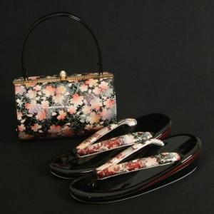 草履バックセット 振袖 訪問着 黒エンジ切替 桜柄 二枚芯 フリーサイズ 丸筒型バック 日本製|doresukimono-kyoubi