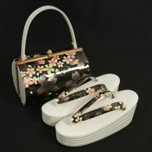 草履バックセット 振袖 訪問着 ホワイト ブラック 桜 四枚芯 Sサイズ  日本製|doresukimono-kyoubi