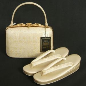草履バッグセット 振袖 訪問着 留袖 紗織ブランド パールゴールド ヱ霞有職文様 帯地使い 三枚芯 Lサイズ パールトーン加工 日本製