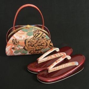草履バックセット 振袖 訪問着 織生地 朱赤地 エンジ 黒薔薇 三枚芯 Mサイズ 日本製|doresukimono-kyoubi