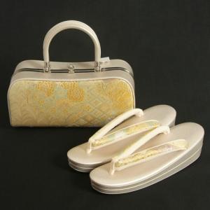 草履バッグセット 振袖 訪問着 西陣織正絹生地使用 ゴールド 牡丹 亀甲 二本手バッグ フリーサイズ 二枚芯 日本製|doresukimono-kyoubi