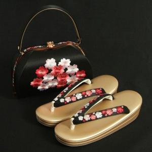 草履バックセット 振袖 訪問着 正絹生地 黒地 桜刺繍使い 二枚芯 フリーサイズ 日本製