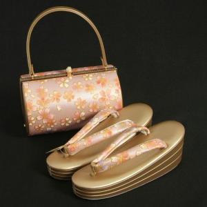 草履バックセット 振袖 訪問着 ピンクパープル ゴールド 桜柄 丸筒型バック 三枚芯 Sサイズ 日本製|doresukimono-kyoubi