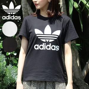 アディダスのプライドが際立つ、オーバーサイズTシャツ。 トレフォイルロゴが胸に光る、ブランドの伝統を...