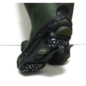 雪の日に 靴用スパイク(黒色)Mサイズ(24.0〜26.5cmの靴に) 都会の急な雪凍結に!収納袋つき、靴にはめるタイプ 受験生に|dougumanzoku