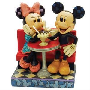 ミッキーマウス フィギュア ミッキーとミニー レストラン・デート ハンドペイント<ディズニートラッディション>|dream-f
