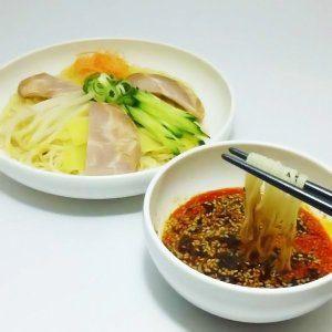 広島つけ麺 生ラーメン 4食セット  辛いけど旨い!広島の名物「広島つけ麺」 多くの皆さんに支持され...