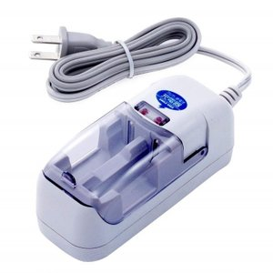 旭電機化成 アルカリ乾電池 充電器 AAC201単3形・単4形アルカリ電池を充電 まだまだ使える電池能力が回復|dreamrelife-store