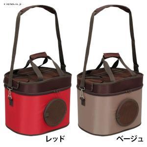 おでかけに便利な3WAYペットキャリーです。 キャリーバッグ、ドライブBOX、ハウスとして使用できま...