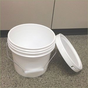 4リットル プラスチック製オープンペール缶 ハメコミ蓋付(通常缶) p1y drumcanya