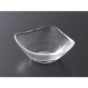 清涼感溢れるトルコ産のガラスボールで、 特に夏の冷製料理にぴったり♪ サラダやデザートにも使用できる...