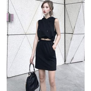セットアップ フード ミニスカート 黒 グレー 帽子 ニット|dynamic-sun