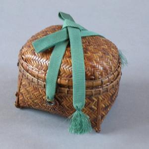 茶籠 根曲り竹 煤竹 鳳尾竹 アクセサリー入れ  桐箱入り e-basket