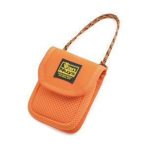 バンナイズ 柔らか素材のふわふわイヤホンケース オレンジ (送料無料)|e-earphone