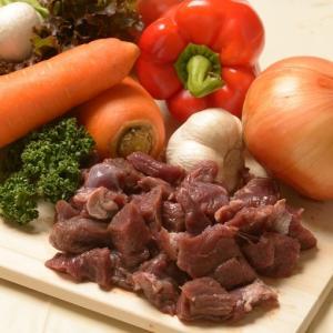 カンガルー肉 ダイスカット 1パック(約500g) 脂肪燃焼 筋肉増強 ダイエット 効果 が注目の 共役リノール酸 含有率ナンバーワン 低脂肪 高タンパク のお肉!