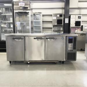 業務用テーブル形冷蔵庫(サンドイッチ仕様から標準に戻した為、天板新品、補修有り) ホシザキ RT-180SNF-R 中古|e-gekiyasu