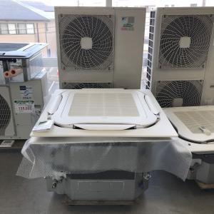 エアコン(天カセ型)10馬力 ※同時ツイン ダイキン SZZC280CFD 内機 FHCP140EA x2 外機 RZZP280CF x1 ワイヤードリモコン BRC1E8 x1 中古|e-gekiyasu