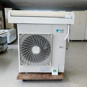 エアコン(壁掛け型)4馬力 ダイキン 内機 FAP112BB 外機 RZYP112CA 中古 e-gekiyasu