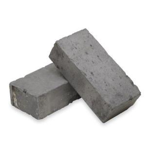 レンガ ブロックで壁と床面(玄関まわり)をおしゃれに!床や壁面を素敵に演出してくれます。
