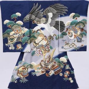 〔産着レンタル〕フルセット!親子割対応! 上段に鷹、下段に男の子に人気の兜を描いた祝着です。  ■色...