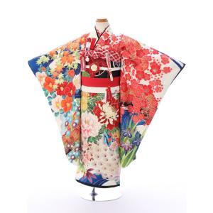 七五三レンタル 女児7才   中村里砂ブランドの振袖をそのまま7歳の女の子向けの 四つ身サイズで作っ...