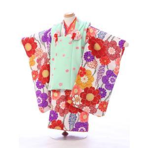 七五三 着物レンタル 3歳 明るいグリーンの被布も可愛い!  被布:ペパーミントグリーン 桜 着物:...