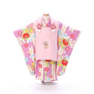 七五三 着物レンタル 3歳 優しいトーンでまとめた被布セットです  被布:ピンク 鞠に梅刺繍 着物:...