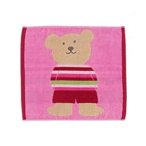 レインボーベアーシリーズ ハンカチやタオルは汗をかく、外で遊んだあとの手洗い毎日の必需品です。 可愛...