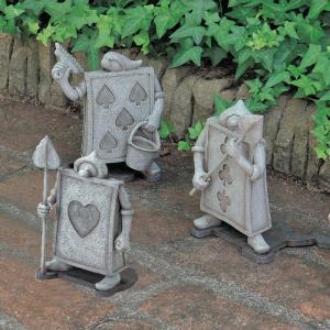アリスの世界観をあなたのお庭に   アリスに登場する人物やキャラクター・モチーフをシルエットで表現し...