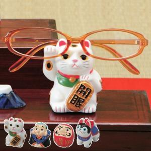 和の雰囲気が心落ち着くメガネスタンド。  日本の伝統的なキャラクターのメガネスタンド。 デスクの周り...