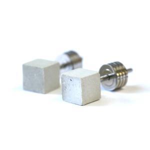 10000円以上送料無料 22designstudio Cube Earring (White) イヤリング CE04002 【アクセサリー ピアス】 レビュー投稿で次回使える2000円クーポン全員にプレゼ|eagleeyeshopping