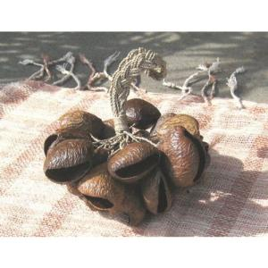 木の実のガラガラ〜麻ロープ〜|earthvillage