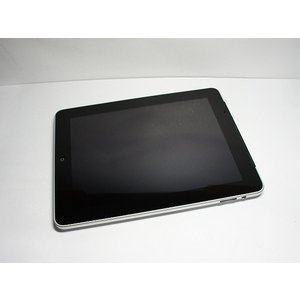 新品同様 iPad Wi-Fi+3G 64GB 中古本体 判...