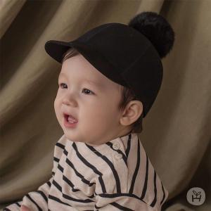 ファーポンポンフエルトCAP 帽子 ブラック happy prince ベビー baby KIDS キッズ 子供服  お出かけ 1歳 2歳 48cm 50cm 誕生日 プレゼント eco-styles-honey