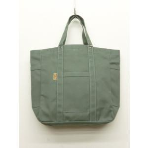 8号帆布を使ったトートバッグ。 軽めの8号帆布を使っていますので、重さを気にせず、使えます。 タウン...