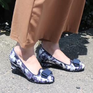 リボン付きウェッジソールパンプス 5.3cmヒールレディース リボン 花柄 ウェッジソール ラウンドトゥ 小さいサイズ 日本製sa|edie