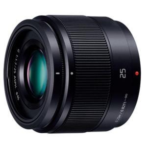 作品づくりの礎となる、柔らかいボケ味の標準50mm(35mm判換算)レンズ。