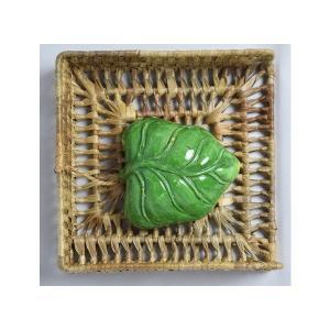 パンダン ペーパーナプキン置き(陶器の葉っぱ置き付)|eei7