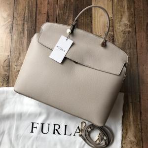 FURLA フルラ マイパイパー M ハンドバッグ   カラー・品番: VANIGLIA・96020...