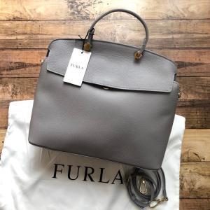 FURLA フルラ マイパイパー M ハンドバッグ   カラー・品番: ONICEE・977732(...